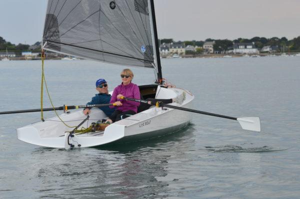 LiteXP 20 row and sail boat